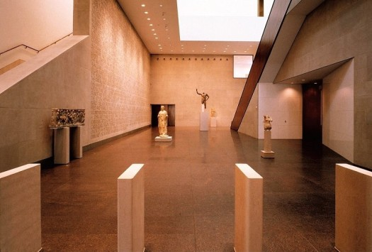 houston-citypass-museum-of-fine-arts-statue-gallery