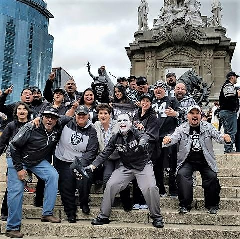 nfl-raiders-mexico-city-alise-levine-8